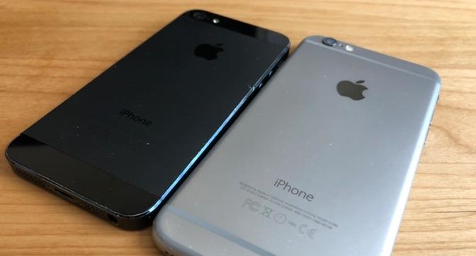 型落ちのiPhone-裏面