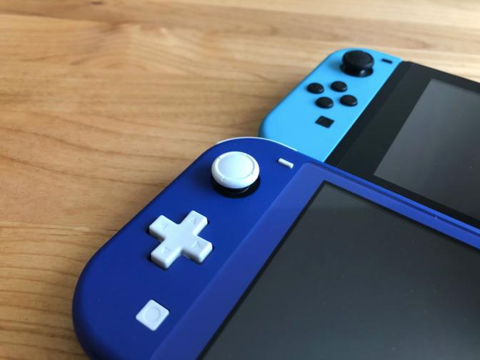 Nintendo_Switch-ライト-十字キー